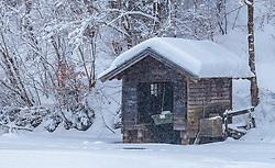 THEMENBILD - ein Bootshaus am gefrorenen Klammsee, aufgenommen am 3. Februar 2018 in Kaprun, Österreich // a boathouse at the frozen Klammsee in Kaprun, Austria on 2018/02/03. EXPA Pictures © 2018, PhotoCredit: EXPA/ JFK