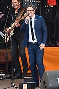 Koningsdag 2017 in Tilburg / Kingsday 2017 in Tilburg<br /> <br /> Op de foto / On the photo:  Guus Meeuwis en Gers Pardoel