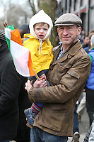 Jonathan Newman, from Rathmines with his son, Erskine, 2, at the centenary Easter Rising Parade at Cuffe Street in Dublin. Picture credit; Damien Eagers 27/3/2016