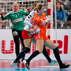 09-12-2019 JAP: Denmark - Netherlands, Kumamoto<br /> Second match Main Round Group1 at 24th IHF Women's Handball World Championship, Netherlands lost also the second match against Denmark with 27 - 24. / Lois Abbingh #8 of Netherlands