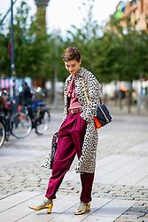 Street style, Iris arriving at Nicholas Nybro Spring Summer 2017 show held at Regnbuepladsen, in Copenhagen, Denmark, on August 10, 2016. Photo by Marie-Paola Bertrand-Hillion/ABACAPRESS.COM  | 558625_015 Copenhagn Danemark Denmark