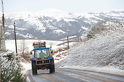© Licensed to London News Pictures. 14/01/2015. Snow fell last night in Mid-Wales and cold temperatures have prevented the snow from melting. Builth Wells, Powys , Wales, UK. Photo credit: Graham M. Lawrence/LNP