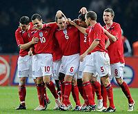 Fotball<br /> Tyskland<br /> Foto: Witters/Digitalsport<br /> NORWAY ONLY<br /> <br /> 19.11.2008<br /> <br /> Jubel 1:2 v.l. Stewart Downing, John Terry, Glen Johnson, Matthew Upson, Michael Carrick (England)<br /> <br /> Fussball Testspiel Tyskland- England