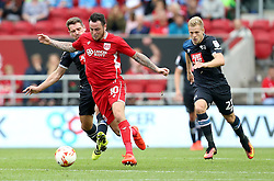 Lee Tomlin of Bristol City goes past Craig Bryson of Derby County and Matej Vydra of Derby County - Mandatory by-line: Robbie Stephenson/JMP - 17/09/2016 - FOOTBALL - Ashton Gate Stadium - Bristol, England - Bristol City v Derby County - Sky Bet Championship