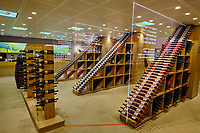 France, Pyrénées-Atlantiques (64), Pays Basque, Saint-Etienne-de-Baïgorry, la cave à vin d'Irouleguy // France, Pyrénées-Atlantiques (64), Basque Country, Saint-Etienne-de-Baïgorry, Irouleguy wine