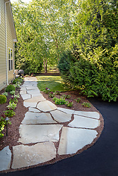 19595 Aberlour rear exterior landscaping side path VA2_229_899