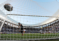 Fotball<br /> VM 2010<br /> Tyskland v Argentina<br /> 03.07.2010<br /> Foto: Witters/Digitalsport<br /> NORWAY ONLY<br /> <br /> 0:2 Tor Miroslav Klose, Torwart Sergio Romero (Argentinien) geschlagen<br /> Fussball WM 2010 in Suedafrika, Viertelfinale Argentinien - Deutschland