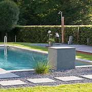 Modern Garden 922