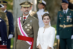06.06.2015, Plaza de la Lealtad, Madrid, ESP, Armed Forces Day Ceremony 2015, im Bild King Felipe VI of Spain and Queen Letizia of Spain // during the Armed Forces Day Ceremony 2015 at the Plaza de la Lealtad in Madrid, Spain on 2015/06/06. EXPA Pictures © 2015, PhotoCredit: EXPA/ Alterphotos/ Acero<br /> <br /> *****ATTENTION - OUT of ESP, SUI*****
