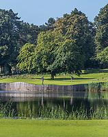 HAARZUILENS  - green hole 2 , Golfclub De Haar , van 9 naar 18 holes. .  COPYRIGHT KOEN SUYK