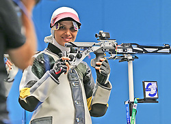 05.09.2015, Olympia Schiessanlage Hochbrueck, Muenchen, GER, ISSF World Cup 2015, Gewehr, Pistole, Damen, 10 Meter Luftgewehr, im Bild Elaheh Ahmadi (IRI) lachend // during the women's 10M air rifle competition of the 2015 ISSF World Cup at the Olympia Schiessanlage Hochbrueck in Muenchen, Germany on 2015/09/05. EXPA Pictures © 2015, PhotoCredit: EXPA/ Eibner-Pressefoto/ Wuest<br /> <br /> *****ATTENTION - OUT of GER*****