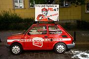 Wrocław, 2007-05-01.Reklama Klubo-Kawiarni 'PRL' we Wrocławiu