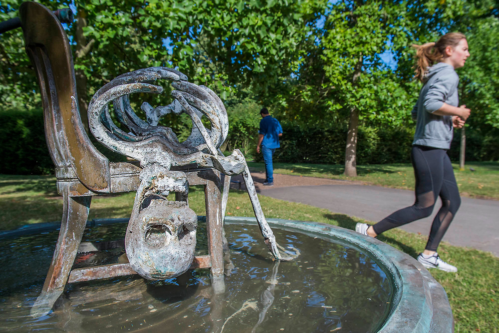 Urs Fischer, Invisible Mother, 2015 - The Frieze Sculpture Park 2017 comprises large-scale works, set in the English Gardens . The installations will remain on view until 8 Oct 2017.