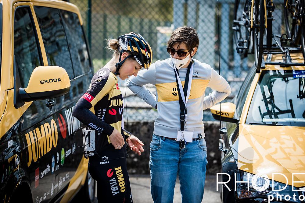DS Lieselot Decroix (BEL) and Nancy van der Burg (NED/Jumbo-Visma Women) pre race <br /> <br /> Ceratizit Festival Elsy Jacobs (LUX) 2021<br /> UCI Women Elite 2.1<br /> Day 2 – stage : Steinfort >Steinfort 125.1km  <br /> <br /> ©RhodePhoto
