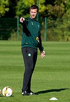 30/09/15<br /> CELTIC TRAINING<br /> LENNOXTOWN<br /> Celtic manager Ronny Deila prepares his side for Fenerbache.
