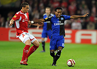 Europa League <br /> Standard Liege - Hamburger SV<br /> v.l. Axel Witsel , Ze Roberto HSV<br /> <br /> Norway only