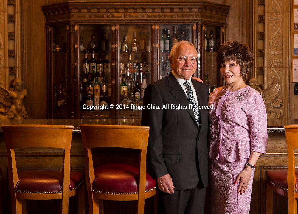 Lynda and Stewart Resnick. (Photo by Ringo Chiu/PHOTOFORMULA.com)