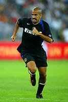 Bari 3/8/2004 Trofeo Birra Moretti - Juventus Inter Palermo. <br /> <br /> Juan Sebastian Veron Inter<br /> <br /> Risultati / results (gare da 45 min. each game 45 min.) <br /> <br /> Juventus - Inter 1-0 Palermo - Inter 2-1 Juventus b. Palermo dopo/after shoot out <br /> <br /> Photo Andrea Staccioli