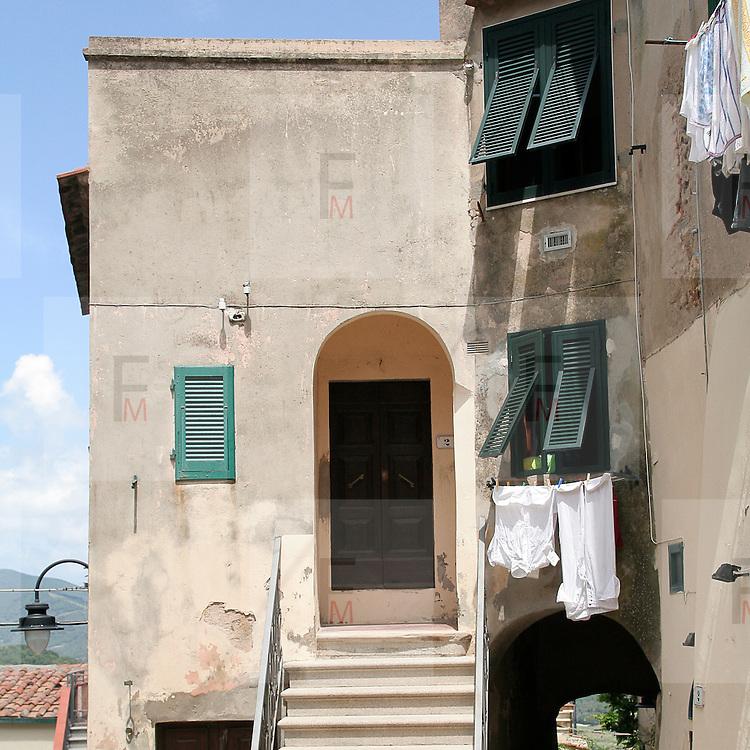 Casa caratteristica di Capoliveri, antico borgo dell'Isola d'Elba..A characteristic house in Capoliveri, an ancient village on Elba Island