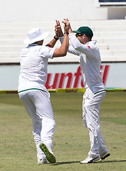 Durban. 030318Wiaan Mulder of South Africa celebrates withe wicket of David Warner of Australia with Dean Elgar of the Proteas during day 3 of the 1st Sunfoil Test match between South Africa and Australia at Sahara Stadium Kingsmead on March 03, 2018 in Durban, South Africa. Picture Leon Lestrade/African News Agency/ANA