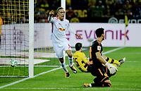 Yussuf Poulsen RB Leipzig scores 2-1 away against Borussia Dortmund, 14 Sep 2017. Signal Iduna Park. Photo: Peter Tubaas / Digitalsport