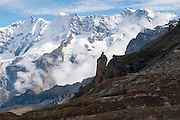Von Via Alpina zum Sefinenfurgge hat mann eins schönes Blick auf die Berner Alpen oben das Lauterbrunnental