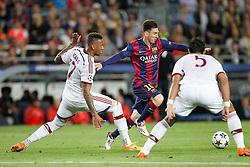 06.05.2015, Camp Nou, Barcelona, ESP, UEFA CL, FC Barcelona vs FC Bayern Muenchen, Halbfinale, Hinspiel, im Bild l-r: im Zweikampf, Aktion, mit Jerome Boateng #17 (FC Bayern Muenchen) und Lionel Messi #10 (FC Barcelona), Mehdi Benatia #5 (FC Bayern Muenchen) // during the UEFA Champions League semi finals 1st Leg match between FC Barcelona and FC Bayern Munich at the Camp Nou in Barcelona, Spain on 2015/05/06. EXPA Pictures © 2015, PhotoCredit: EXPA/ Eibner-Pressefoto/ Kolbert<br /> <br /> *****ATTENTION - OUT of GER*****