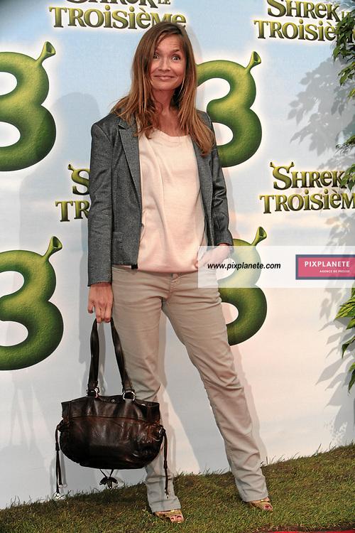 Axelle Laffont - Avant Première à Paris du troisième volet de Shrek - 7/6/2007 - JSB / PixPlanete
