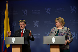 December 11, 2016 - Colombian President Juan Manuel Santos holds a press conference with Norway Prime Minister Erna Stolberg in Oslo (Credit Image: © Abdelwaheb Omar/ImagesLive via ZUMA Wire)
