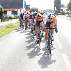 30-09-2016: Wielrennen: Olympia Tour: Zutphen<br />ZUTPHEN (NED) wielrennen <br />De strijd brandde los richting Zutphen met de wind in de goede hoek