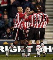 Fotball<br /> Premier League 2004/05<br /> Southampton v Tottenham<br /> 5. mars 2005<br /> Foto: Digitalsport<br /> NORWAY ONLY<br /> Southampton celebrate with match winner Nigel Quashie (L
