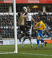 Photo: Steve Bond/Richard Lane Photography. Derby County v Crystal Palace. Coca Cola Championship. 06/12/2008. Keeper Julian Speroni claims to have control of the ball but Luke Varneys header crosses the line and is given