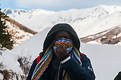 Migrants risk their life to cross the Alps in winter