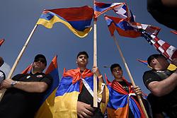 April 24, 2018 - Los Angeles, California, United States - Members of the Armenian community gather to commemorate the 103rd anniversary of the Armenian Genocide. Los Angeles, California on April 24, 2018. (Credit Image: © Ronen Tivony/NurPhoto via ZUMA Press)