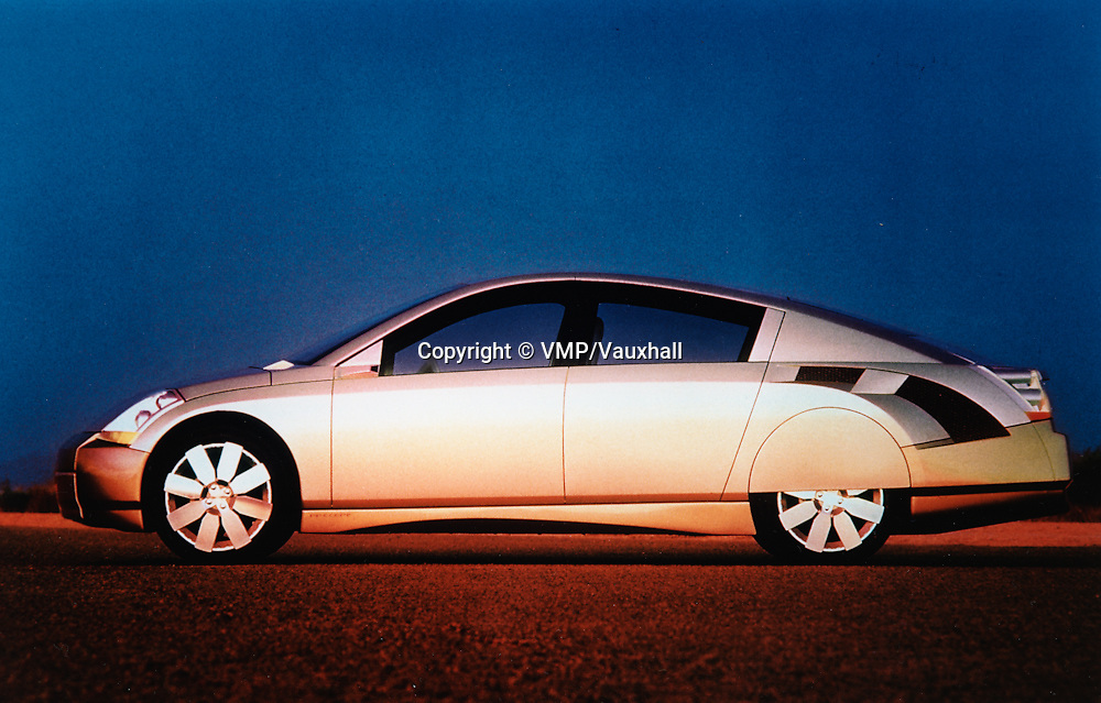 2000 Vauxhall GM Precept, Press Office