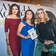 NLD/Amsterdam/20190507 - Boekpresentatie Camilla Läckberg, Camilla samen met schrijfster Daphne Deckers en zwangere Anna Drijver
