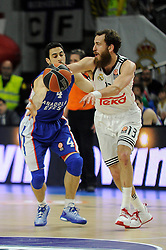 15.04.2015, Palacio de los Deportes stadium, Madrid, ESP, Euroleague Basketball, Real Madrid vs Anadolu Efes Istanbul, Playoffs, im Bild Real Madrid´s Sergio Rodriguez and Anadolu Efes´s Dogus Balbay // during the Turkish Airlines Euroleague Basketball 1st final match between Real Madrid vand Anadolu Efes Istanbul t the Palacio de los Deportes stadium in Madrid, Spain on 2015/04/15. EXPA Pictures © 2015, PhotoCredit: EXPA/ Alterphotos/ Luis Fernandez<br /> <br /> *****ATTENTION - OUT of ESP, SUI*****