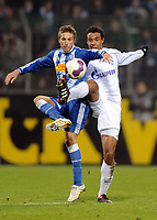 v.l. Stanislav Sestak , Joel Matip S04<br /> Bundesliga VfL Bochum - FC Schalke 04 2:2<br /> <br /> Norway only