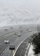 © Licensed to London News Pictures. 05/02/2012, Oxfordshire, UK. Traffic on the M40 in Oxfordshire.  Heavy snow has fallen over many parts of the UK overnight. Photo credit : Stephen Simpson/LNP