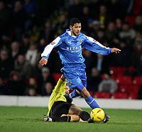 Fotball<br /> Championship England 2004/05<br /> Watford v Cardiff<br /> 28. desember 2004<br /> Foto: Digitalsport<br /> NORWAY ONLY<br /> jobi mcanuff beats gavin mahon