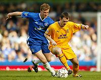 Photo: Scott Heavey, Digitalsport.<br /> Chelsea v Everton. FA Barclaycard Premiership. 17/04/2004.<br /> Francis Jeffers holds off Robert Huth (L)