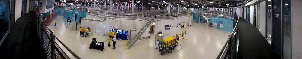 Australian Synchrotron, panorama  L-R, looking in