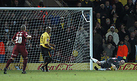 Photo: Alan Crowhurst.<br />Watford v Brighton & Hove Albion. Coca Cola Championship. 03/12/2005. <br />Brighton keeper Alan Blayney saves a penalty from marlon King (C)