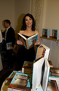 Nigella Lawson, 'Feast Food that celebrates Life' by Nigella Lawson book launch. Cadogan Hall, Sloane Terace. 11 October 2004. ONE TIME USE ONLY - DO NOT ARCHIVE  © Copyright Photograph by Dafydd Jones 66 Stockwell Park Rd. London SW9 0DA Tel 020 7733 0108 www.dafjones.com