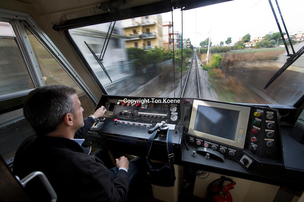 railway and subway system Circumvesuviana, goes all around mount vesuvius