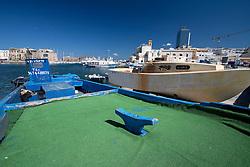 Dettaglio di una barca nela darsena del porto di Gallipoli (LE)
