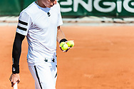 Ambiance player service during the Roland Garros French Tennis Open 2018, Preview, on May 21 to 26, 2018, at the Roland Garros Stadium in Paris, France - Photo Pierre Charlier / ProSportsImages / DPPI