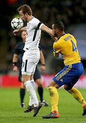 Tottenham Hotspur's Harry Kane (left) and Juventus' Mehdi Benatia