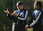 Hurricanes coach Colin Cooper discusses the upcoming semi-final against the Crusaders with team captain Rodney So'oialo.<br />Super 14 - Hurricanes training session, at Rugby League Park, Wellington. Wednesday, 21 May 2008. Photo: Dave Lintott/PHOTOSPORT