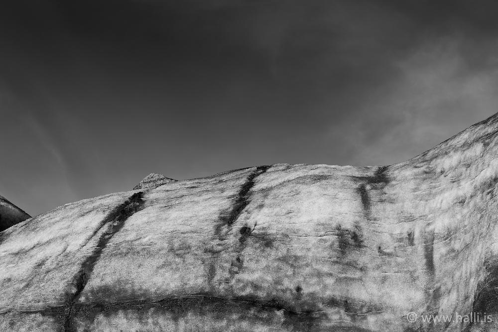 Ice blocks from the glacier, Vatnajokull Iceland - Ísjakar úr Vatnajökli, nánar tiltekið Þröng skammt frá Jökulsárlóni